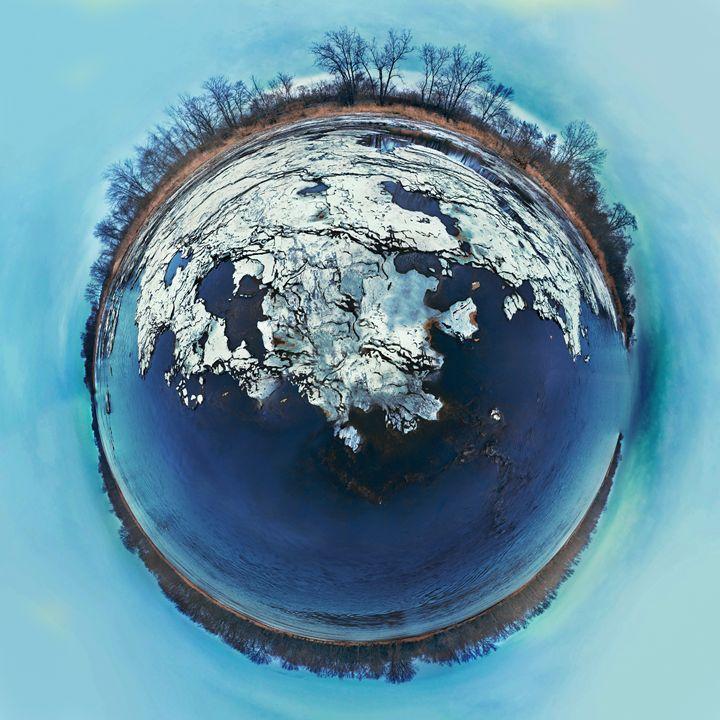 Planetoid - Land & Water - Casey Becker