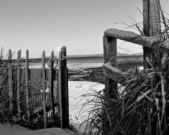 Winter on Troon Beach, Scotland - Gemo Art