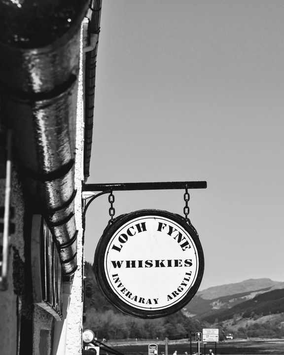 Whisky Shop, Inveraray, Scotland - Gemo Art