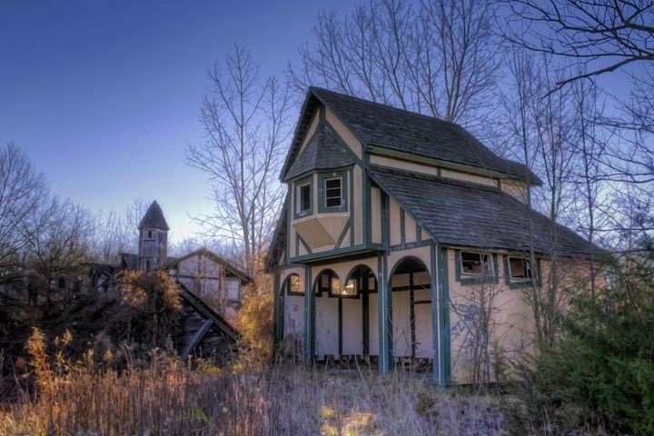Abandoned Renaissance Faire 1 - Sean Toler Photo