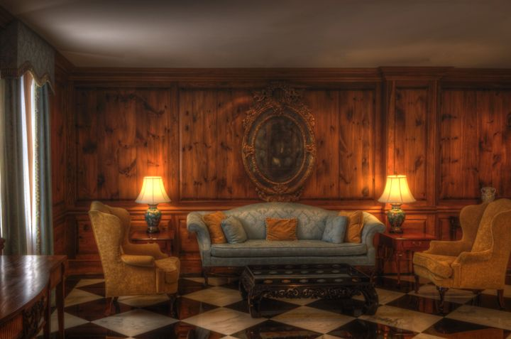 The Lonely Parlor - Sean Toler Photo