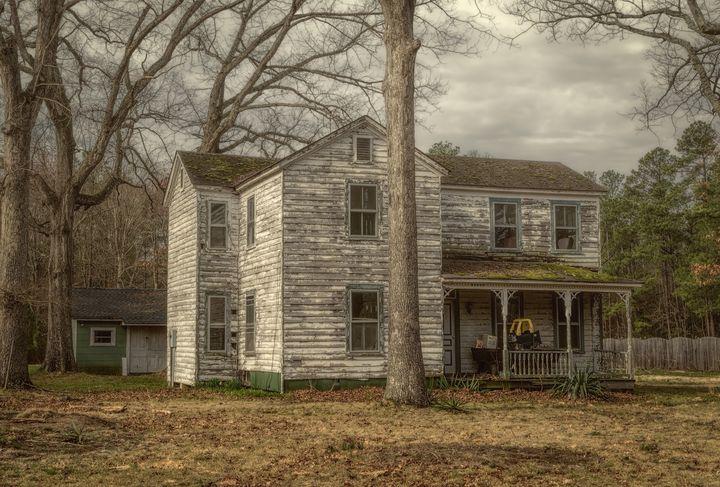 Granpa's Old House - Sean Toler Photo