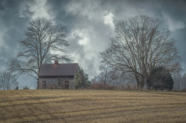 Old House on the Hill - Sean Toler Photo