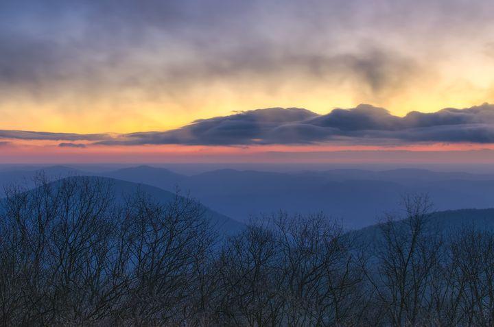 Blue Ridge Dawn - Sean Toler Photo