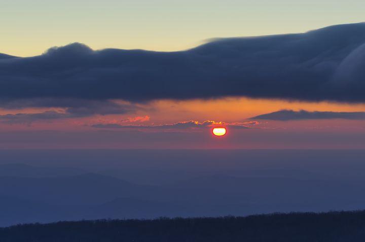 Misty Mountain Sunrise - Sean Toler Photo