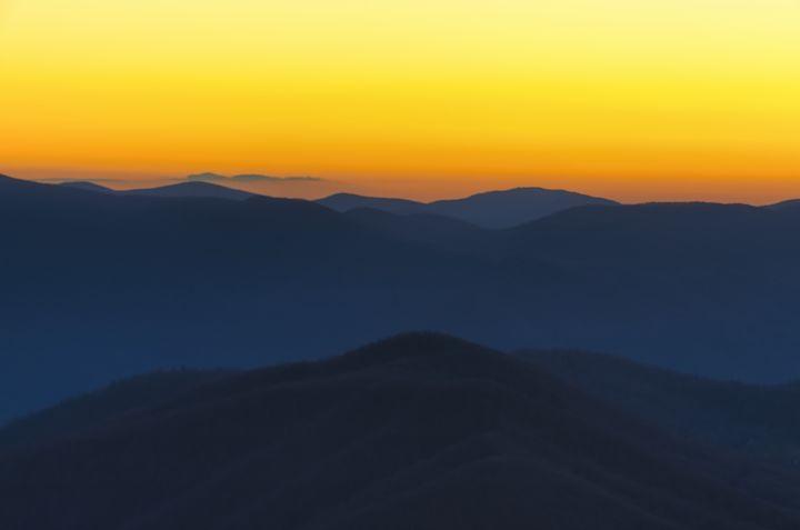 Blue Ridge Dusk - Sean Toler Photo