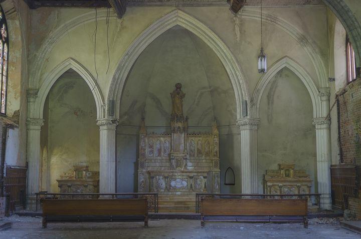The Chapel of Forgotten Memories - Sean Toler Photo