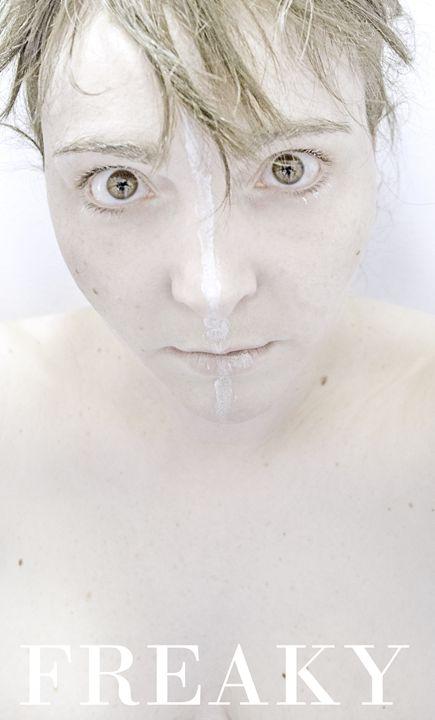 Freaky - Elisa Gianola Fornari