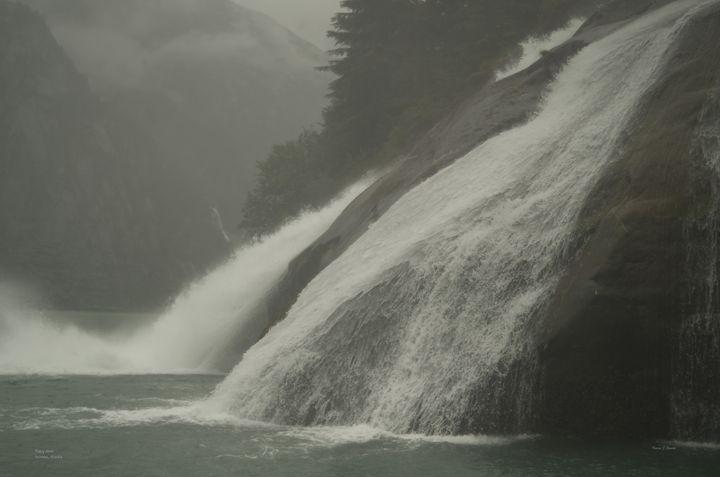 Tracy Arm Waterfall - Mystic Alaska