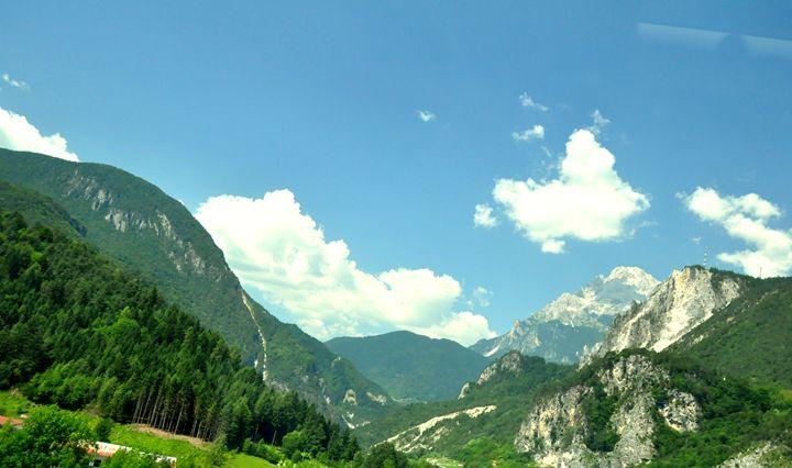 Mountains - Adi Starr