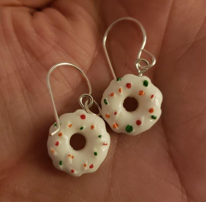 Donut earrings - Twisted Little Kara