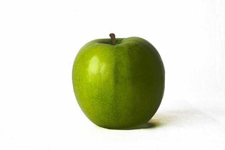 Green Apple - Alan Harman Photography