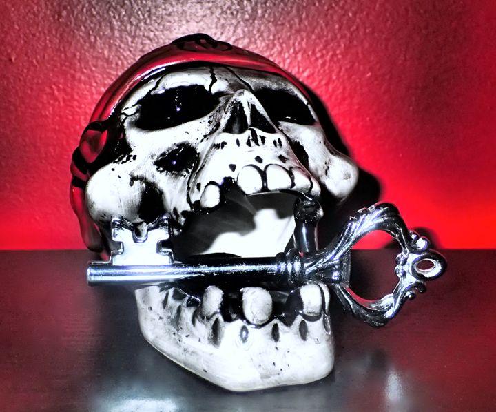 Skull's Key - Art by Karolina Krystina