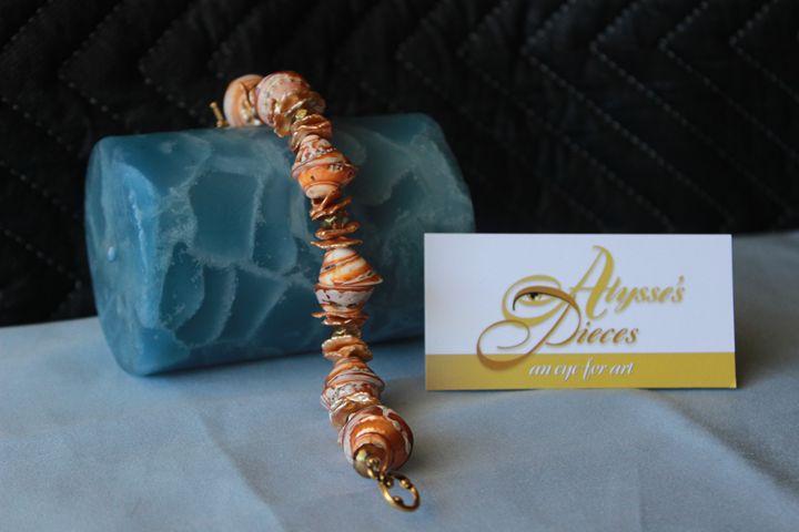 Keishi Pearl Shell Bracelet - Alysse's Pieces