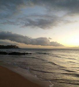 Hawaii Evening waves