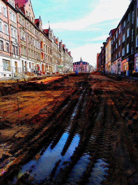 dirt  mud street - EUGENE  JONAI