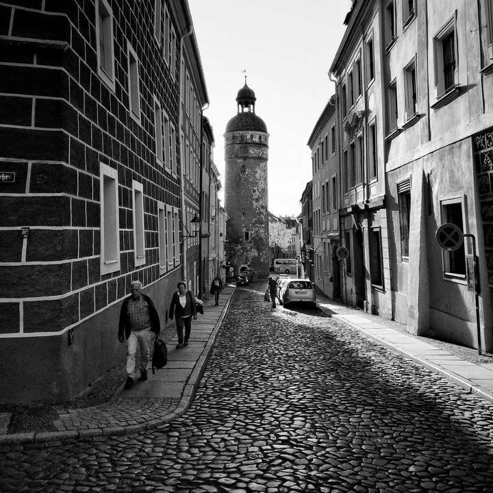 steetscene   Goerlitz Germany - EUGENE  JONAI