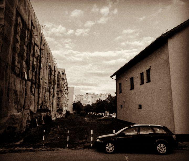 urban future - EUGENE  JONAI