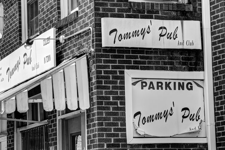 Tommy's Pub - Views Of Charlotte by CarlMillerPhotos.com