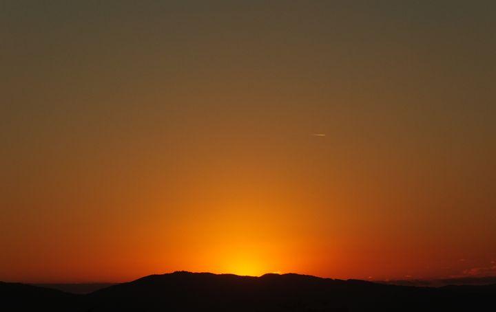 Sublime Sunset - Vanessa Schlachtaub Bruni