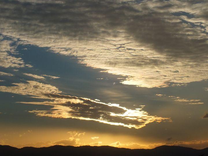 The Sky today 16 October 2015 - Vanessa Schlachtaub Bruni