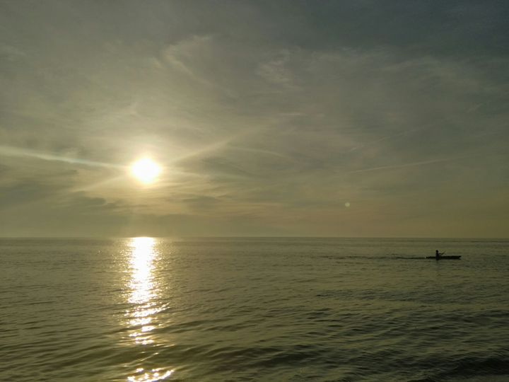 Kayaking on the Lake - HoffmAnne