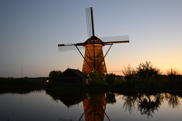 Windmills day and night - Natarch