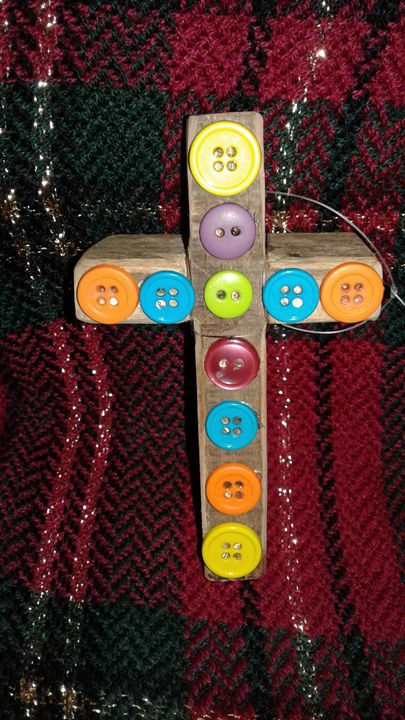 UP CYCLED WOOD CROSS OF BUTTONS - Islandtreasures247