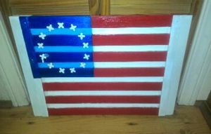 WOODEN SLOTTED AMERICAN FLAG
