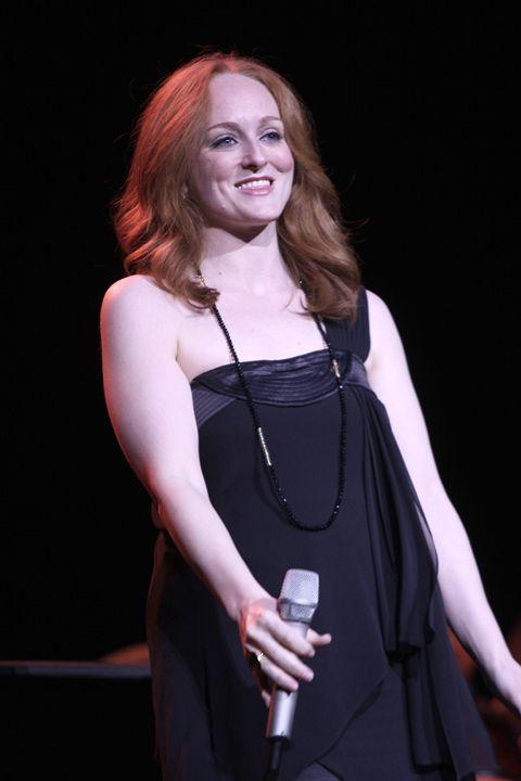 Singer Antonia Bennett Color Photo - Front Row Photographs