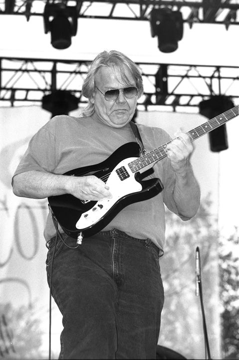Musician Al Anderson Concert Photo - Front Row Photographs
