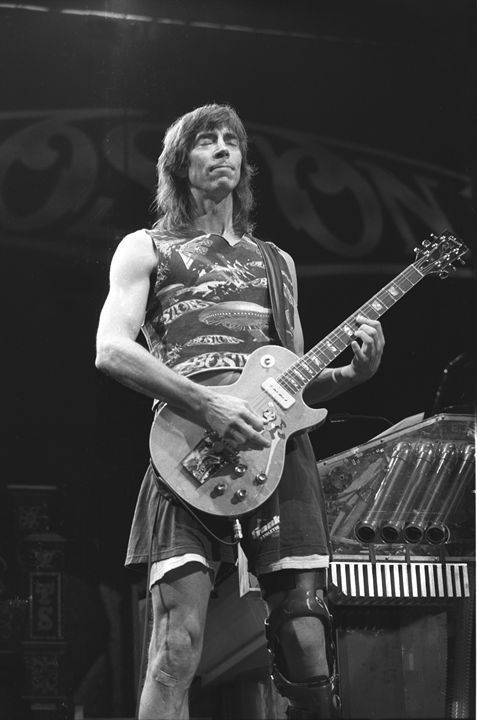 Guitarist Tom Scholz BW Photo - Front Row Photographs