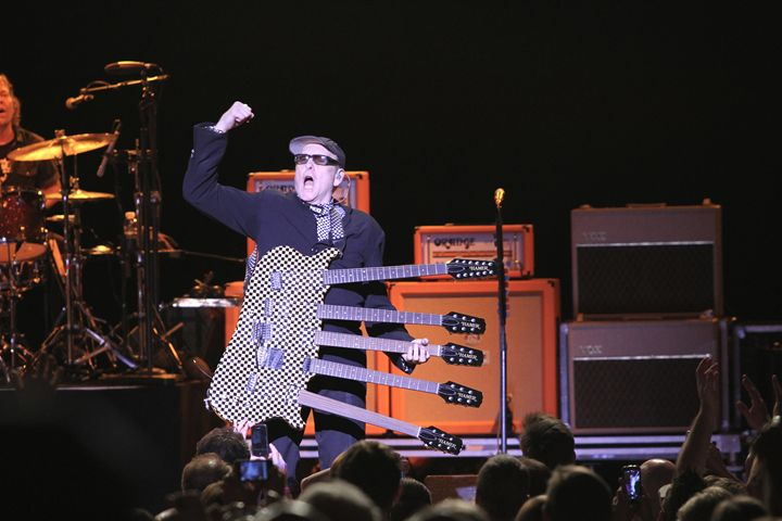 Cheap Trick Rick Nielson Color Photo - Front Row Photographs