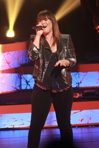 Singer Kelly Clarkson Color Photo - Front Row Photographs