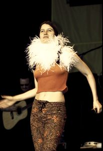 Singer Paula Cole Color Photo - Front Row Photographs