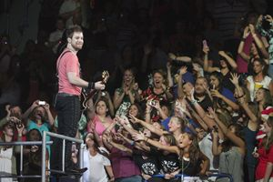Musician David Cook Color Photo - Front Row Photographs