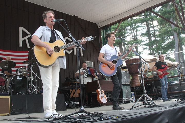Bacon Brothers Color Concert Photo - Front Row Photographs