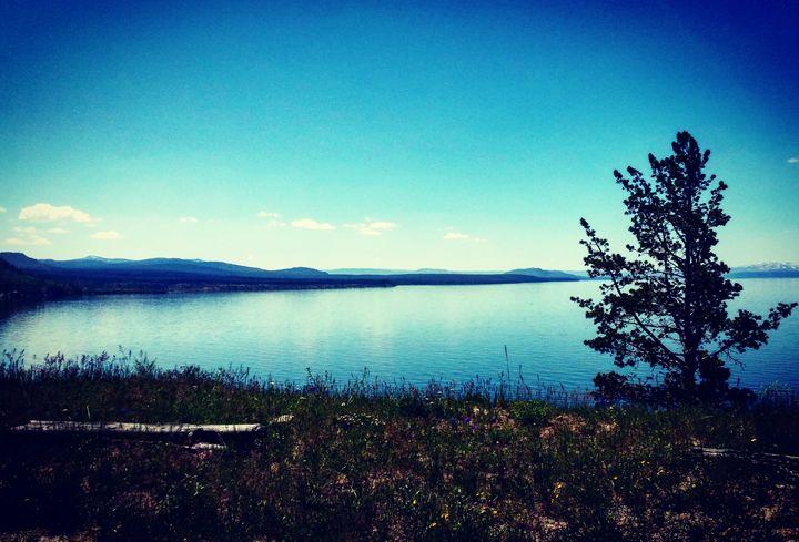 Yellowstone Lake 3 - Amanda Hovseth