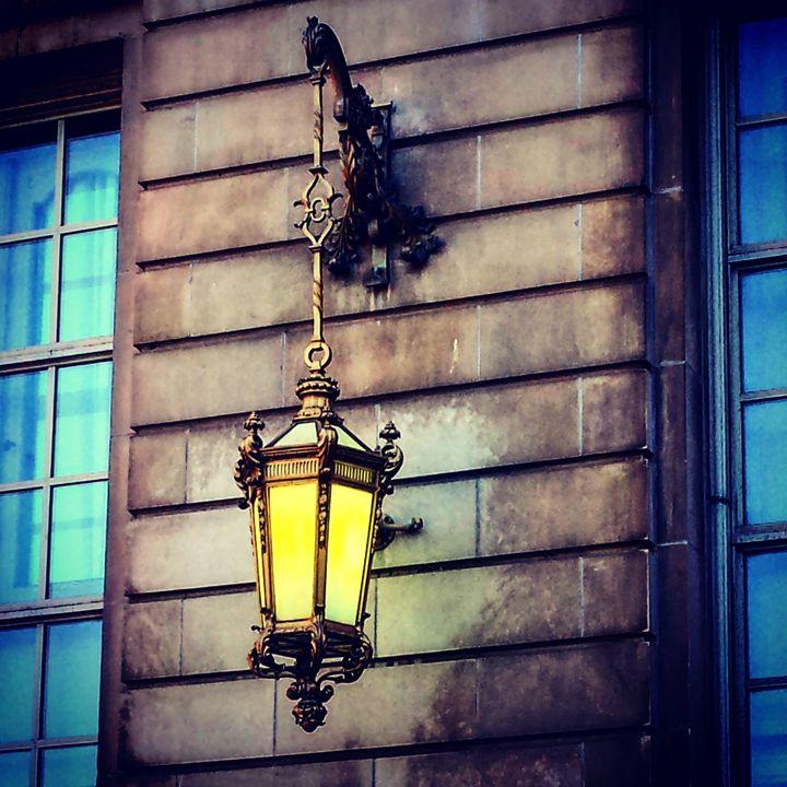 Lamps in the City - Amanda Hovseth