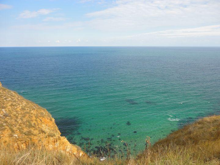 The Wide Sea - Issey Roca