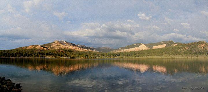 The splendor of Pine Lake in Oil - Juan's corridor