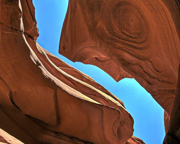 Skies above antelope canyon - Juan's corridor