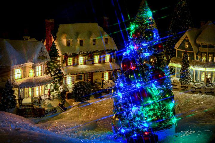 Snowy Christmas Village - iignite