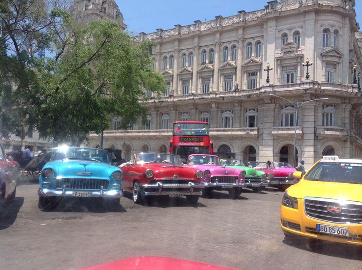 cuban cars - humanity