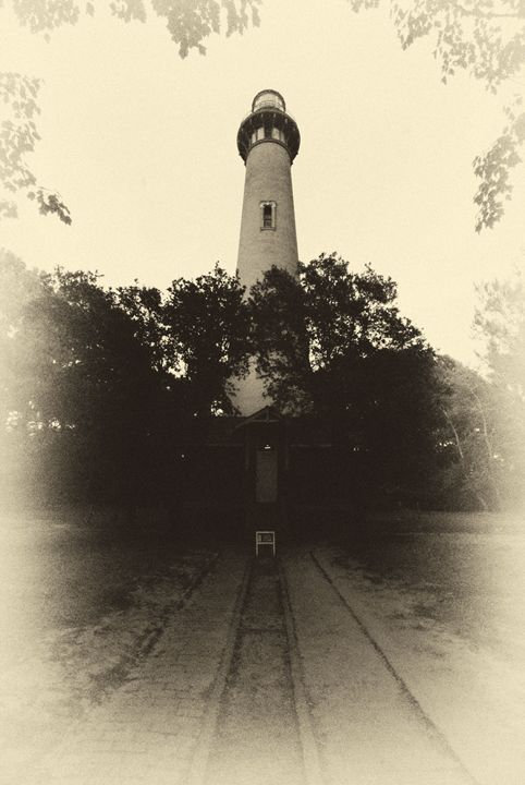 old lighthouse - photos by phil