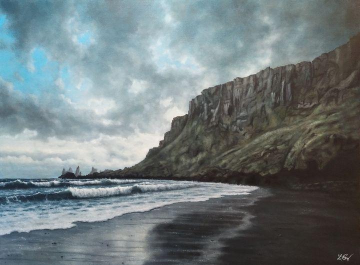 Cliffs near Vík í Mýrdal, Iceland. - Zigmars Grundmanis