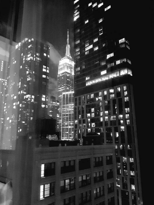 Empire State Building - Le vice de Gladys