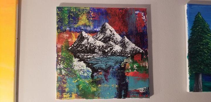 Floating Rockies - Julián Monroy