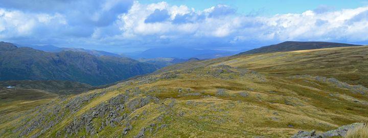 England / Cumbria - Distant Hills - Wanderlust