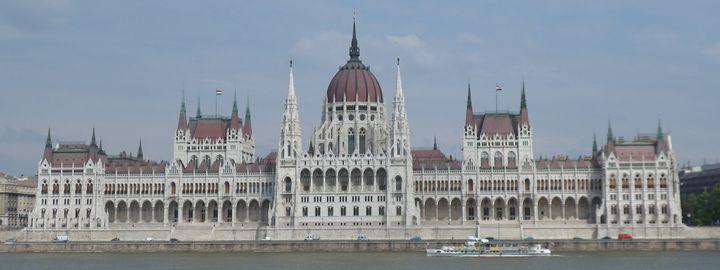 Hungary / Budapest - Take A Cruise - Wanderlust